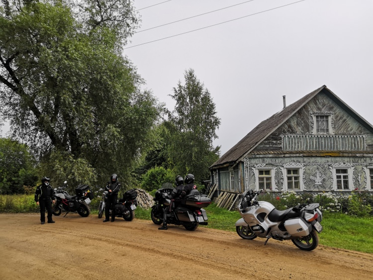 Moscow-Saint-Petersburg motorcycle tour Rusmototravel, small villages