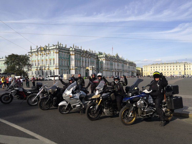 Moscow-Saint-Petersburg motorcycle tour Rusmototravel, Saint-Petersburg Hermitage